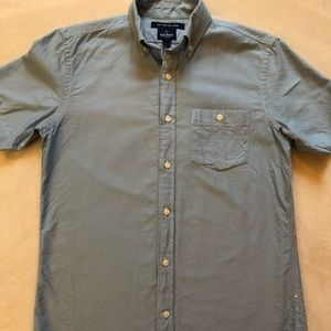 *2/$12 or 3/$18!* Old Navy Short Sleeve Shirt
